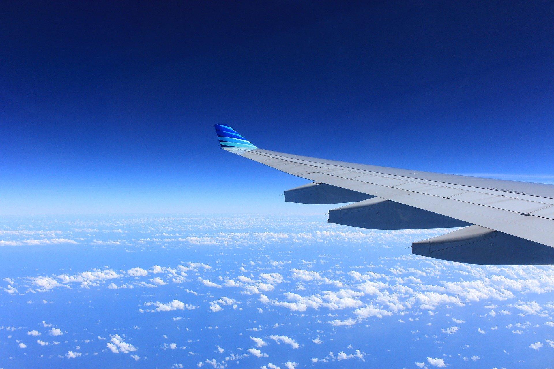 Plane cloud view